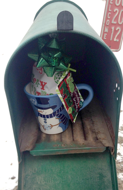 Day random act of christmas kindness mailman
