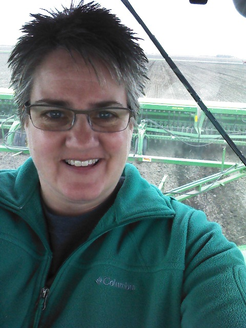 MN Agriculture – Carolyn and Jonathan Olson, Farmers In Two Worlds